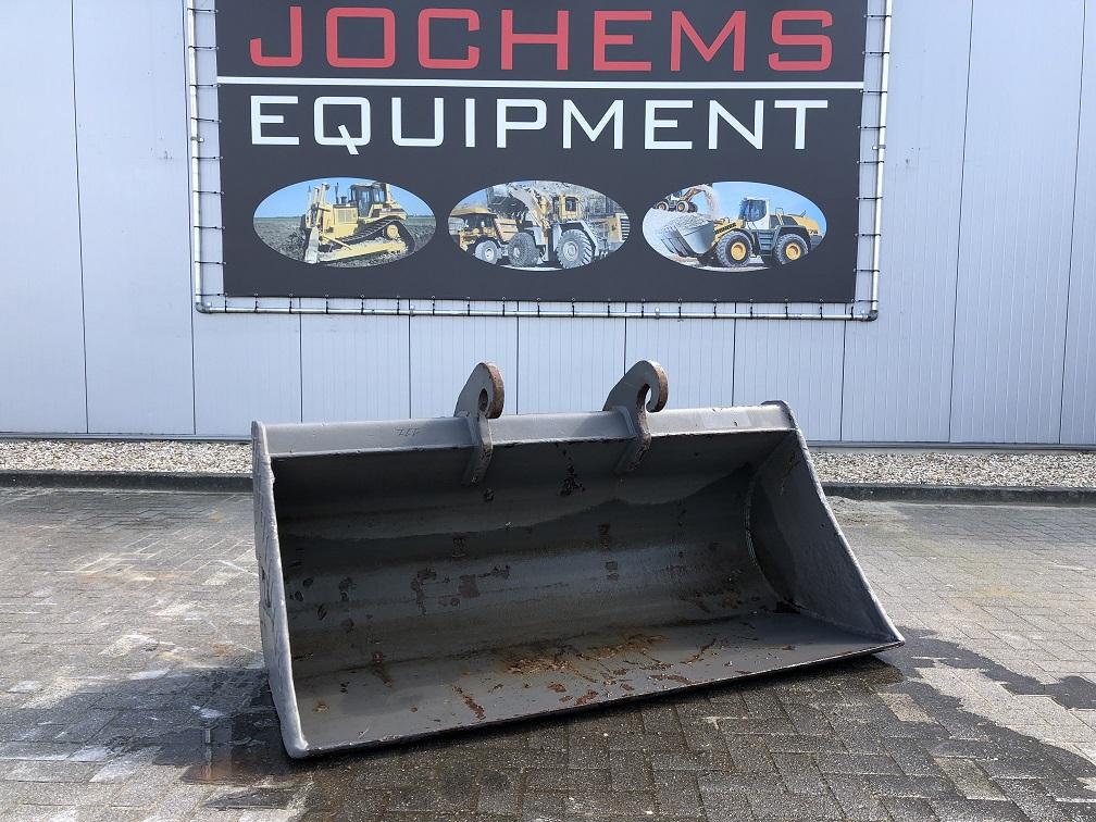 (111) Ditch-cleaning Bucket CW30 Verachtert