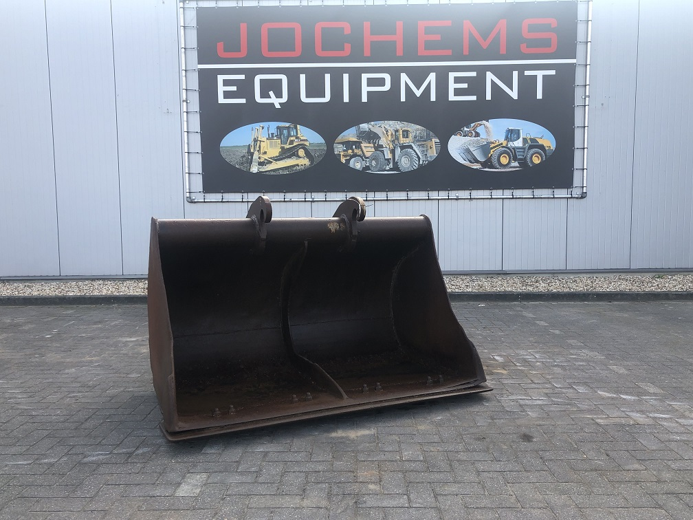 (83) Ditch-cleaning Bucket CW30-CW40
